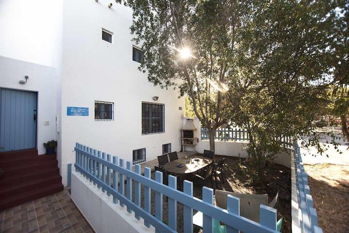 MUSTANG casa con terraza