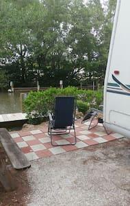 Gulf Beach vacation - Cortez - Camper/RV