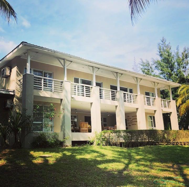 Barra Beach Villa