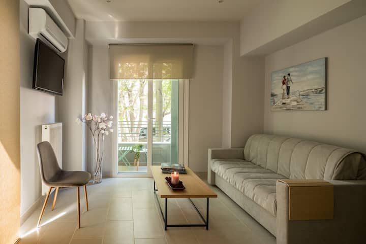 Superior Apartment by 12 Keys Athens
