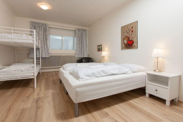 Ljosafossskoli - Quadruple Room 2