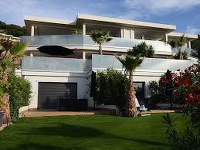 Les Jardins de la Palmeraie T2 C3 - Pietrosella - Lägenhet
