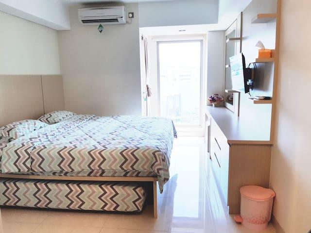 Studio Apartment Pinnacle Pandanaran (PRIVATE)