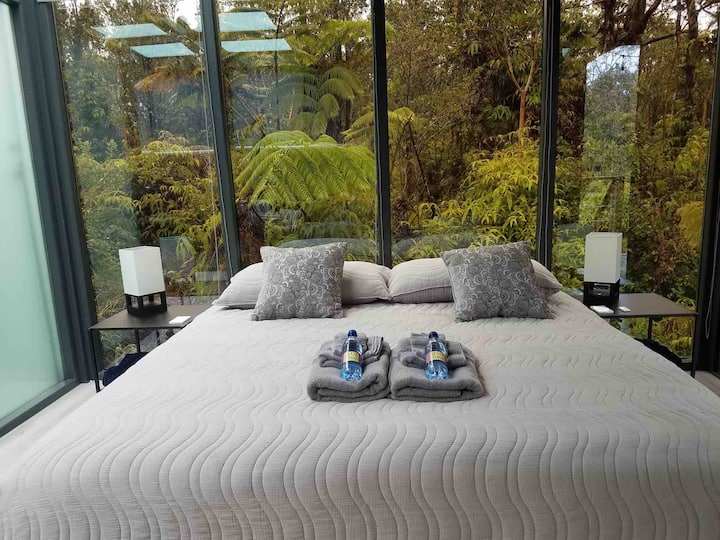 Glass House in the Heart of Big Island