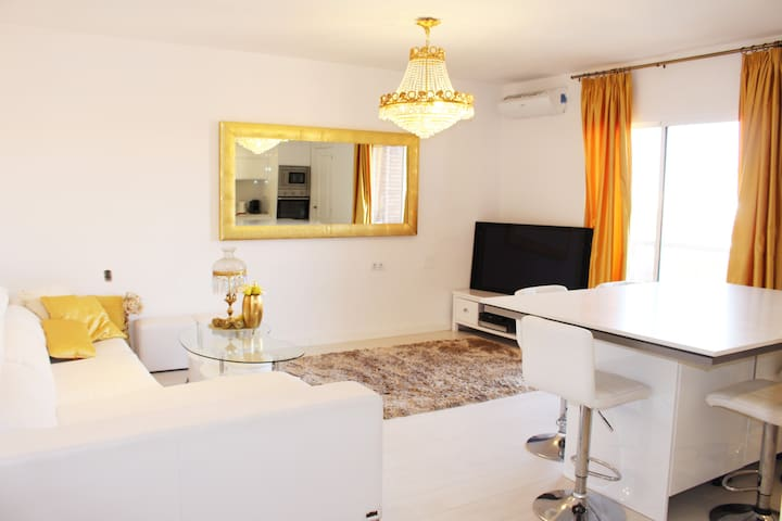 luxury apartment near to the center - València - Flat