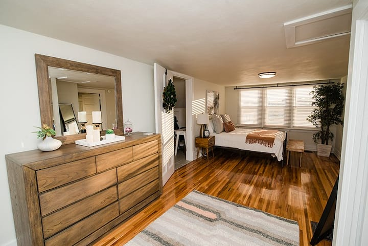 Restored Spacious Loft in Downtown Jefferson City