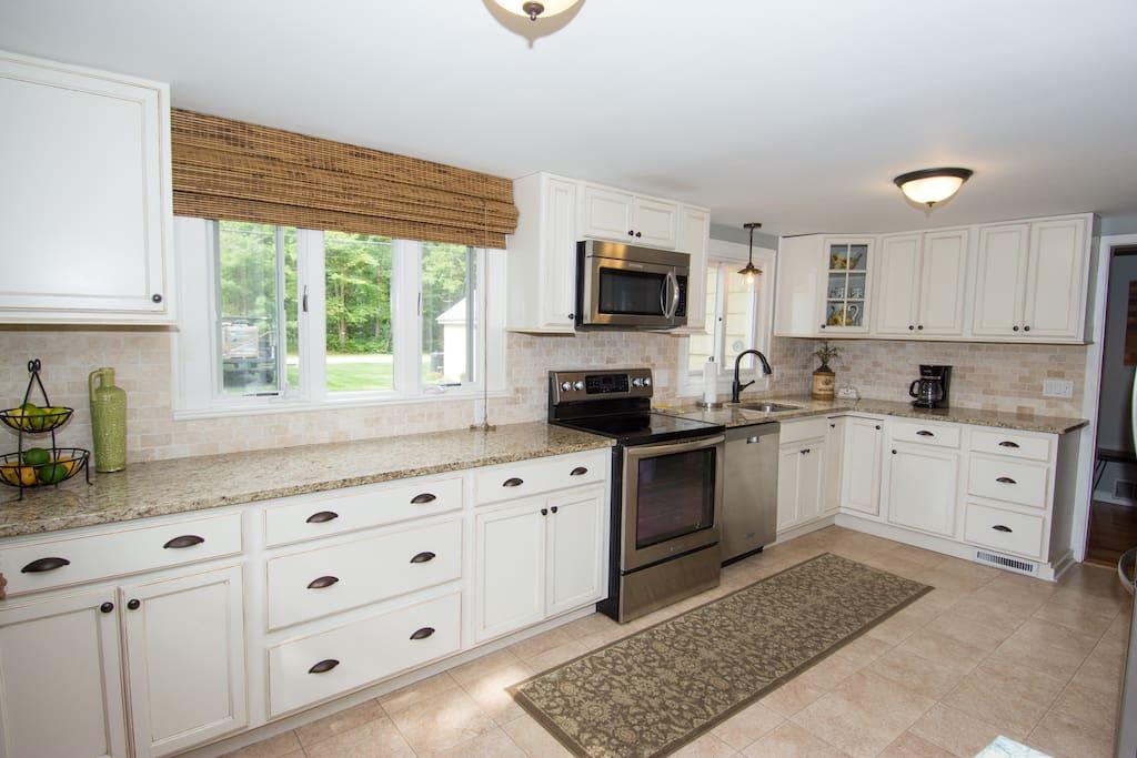 Custom kitchen with Granite
