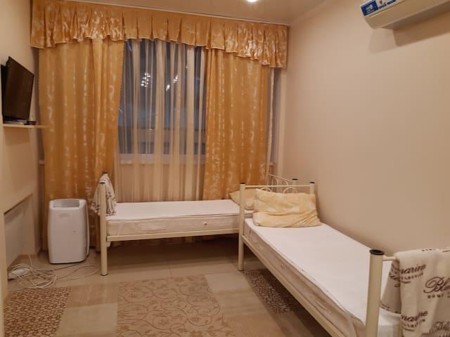 Двухкомнатная квартира в центре Адлера