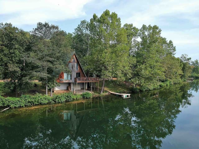 ★Lake Cabin near Spring River @Bluegill Bungalow★