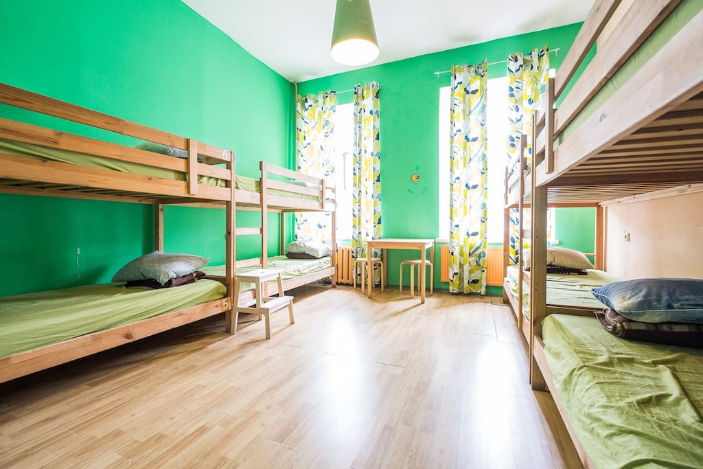 8-bed room in Cubahostel
