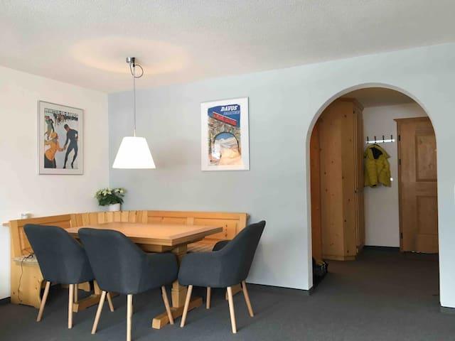 Modern 2-room apartment Davos near parsenn & bunda
