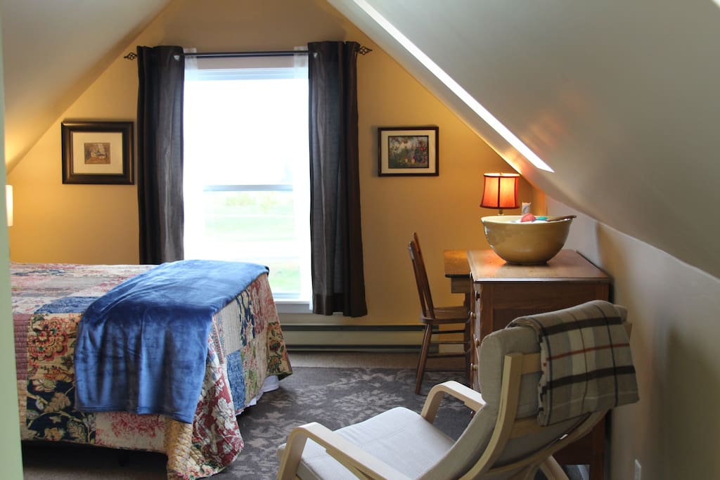 Enjoy a beautiful view of Blomidon, the UNESCO Grand Pre Historic Site and the Acadian dykelands from your window and room.
