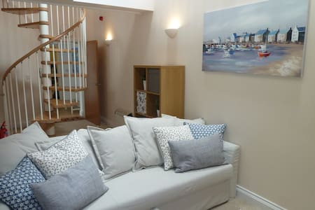 Escape to Tenby, fantastic spacious apartment - Tenby - อพาร์ทเมนท์