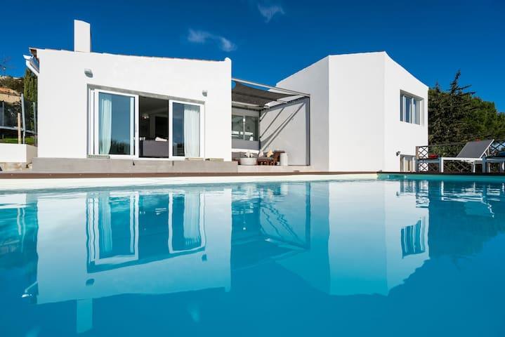 Modern 4 bed villa-Quinta Da Fortaleza, Burgau