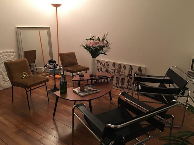 Charming flat near Parc Monceau