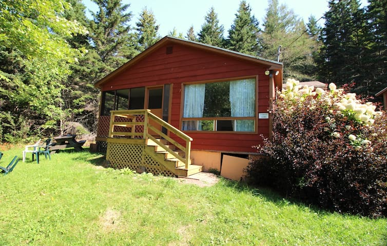 Rustic Cabot Trail Cottage