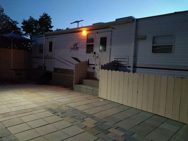 1 bedroom camper