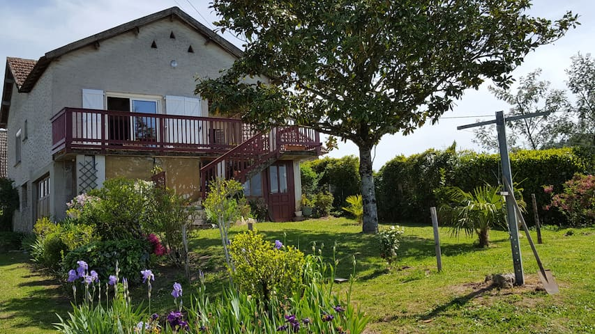 Ma maison à la campagne - Curemonte - Hus