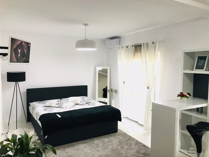 Your studio in Timișoara. Reeas Apartament 13