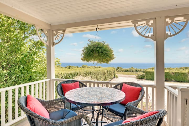 A Private Ocean view suite in a Romantic Montauk Bed & Breakfast by the Sea