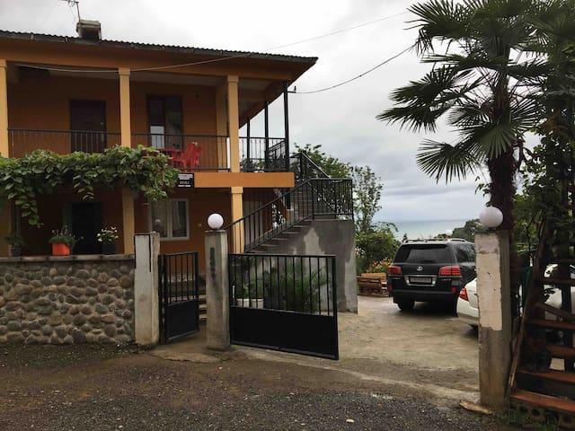 MAHOUSE дом с видом на море
