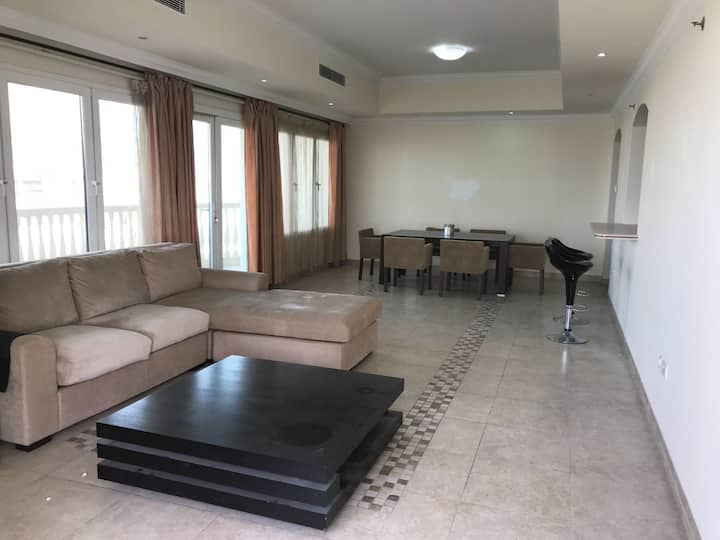 Very nice Fully furnished flat at the pearl