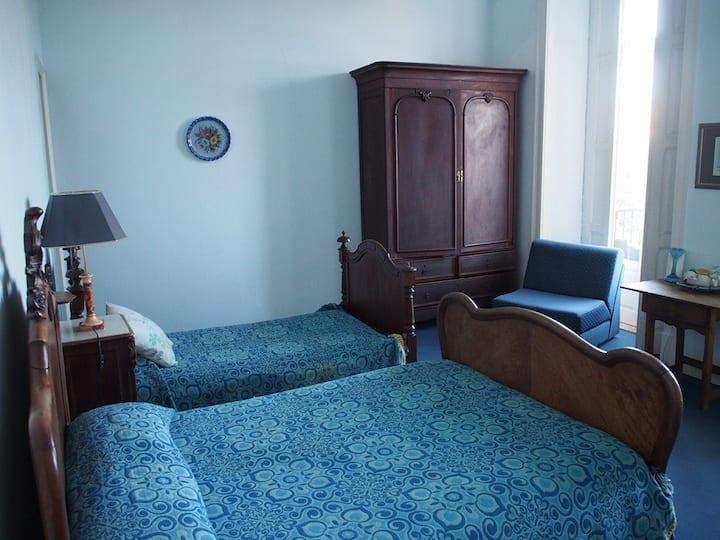 Casa Grande / Blue Room