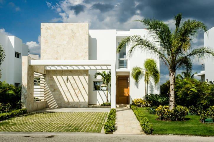 Villa Victoria Playa Nueva Romana - San Pedro De Macoris - Dom
