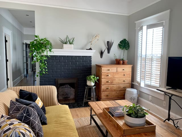 Beautifully Renovated Grant Park Home