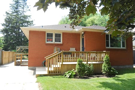 Brights Grove Bungalow - Sarnia