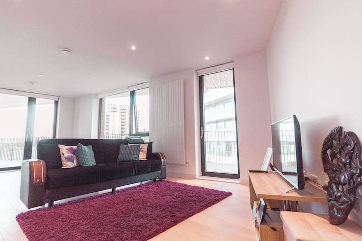 New & Modern 1Bed Apartment in Royal Docks