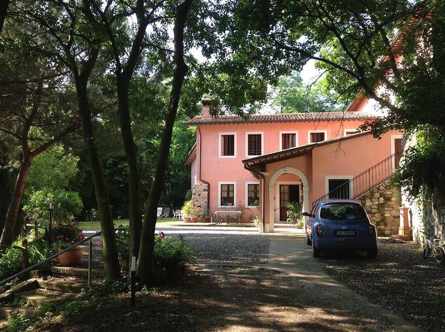 La casa tra gli alberi case in affitto a marostica for Ospitare amici in casa