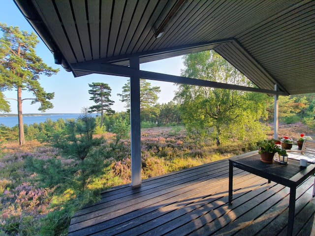 Archipelago cottage by the sea