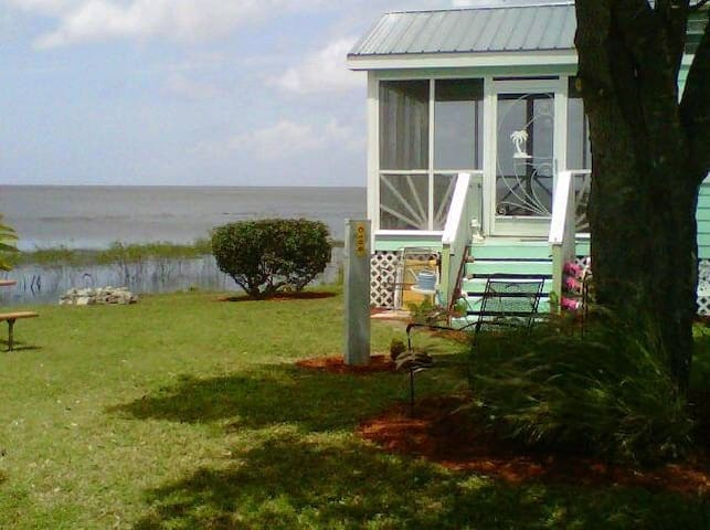 The beach cottage @lake okeechobee - Pahokee - Houten huisje