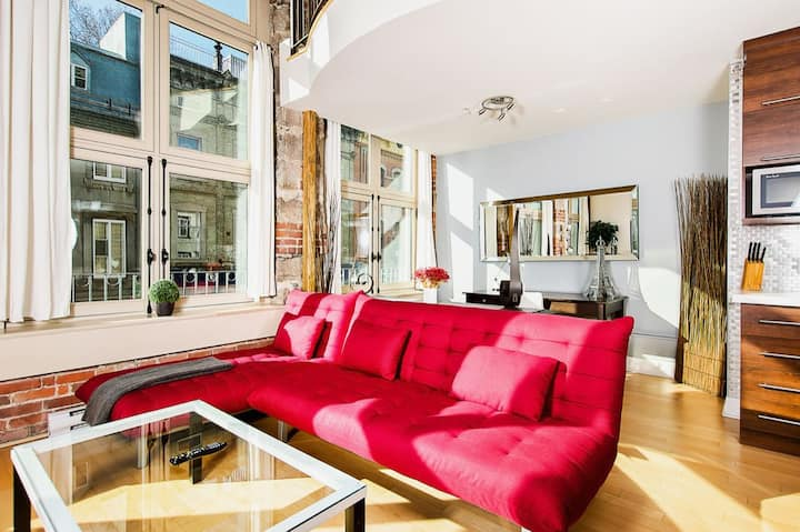 LOFTS ST JEAN, Old Quebec 2beds, 2bath LOCATION A1