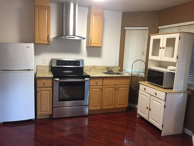 Walnut Creek 1 bed,1 bath