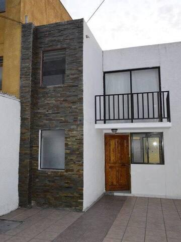 Amplia casa amoblada por dias - Iquique  - House