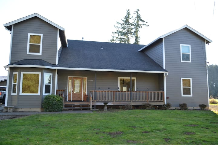 Riggs Country House ( Large, Dog friendly) 14+