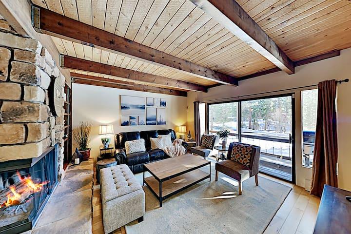 Updated Retreat - Fireplace, Sleek Kitchen, Garage