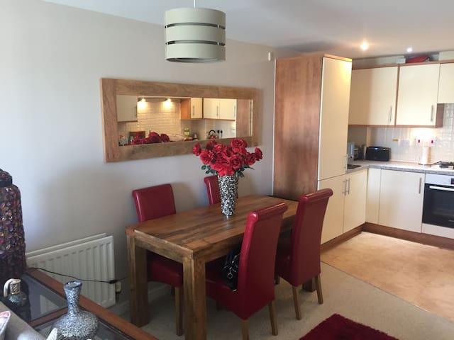 modern beach apartment - Shoreham-by-Sea - Huoneisto