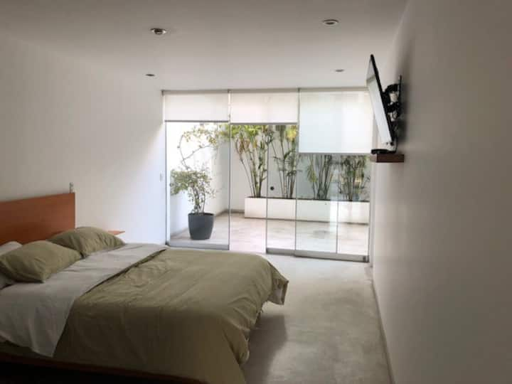 100 sqm w/ terrace in the heart of Barranco