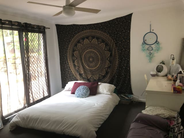 Master room with your own en-suite in town