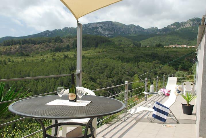 Casa Alados - villa/apartment with stunning views