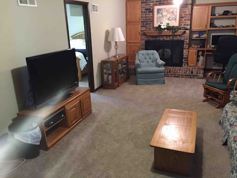 Private Rooms in Quiet Grinnell Neighborhood