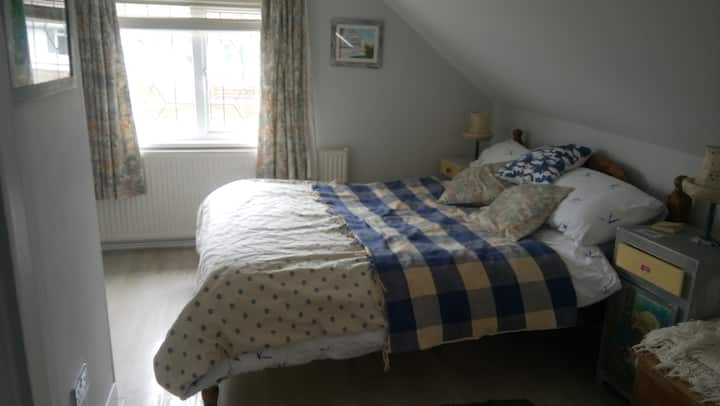 Light dormer double with en suite