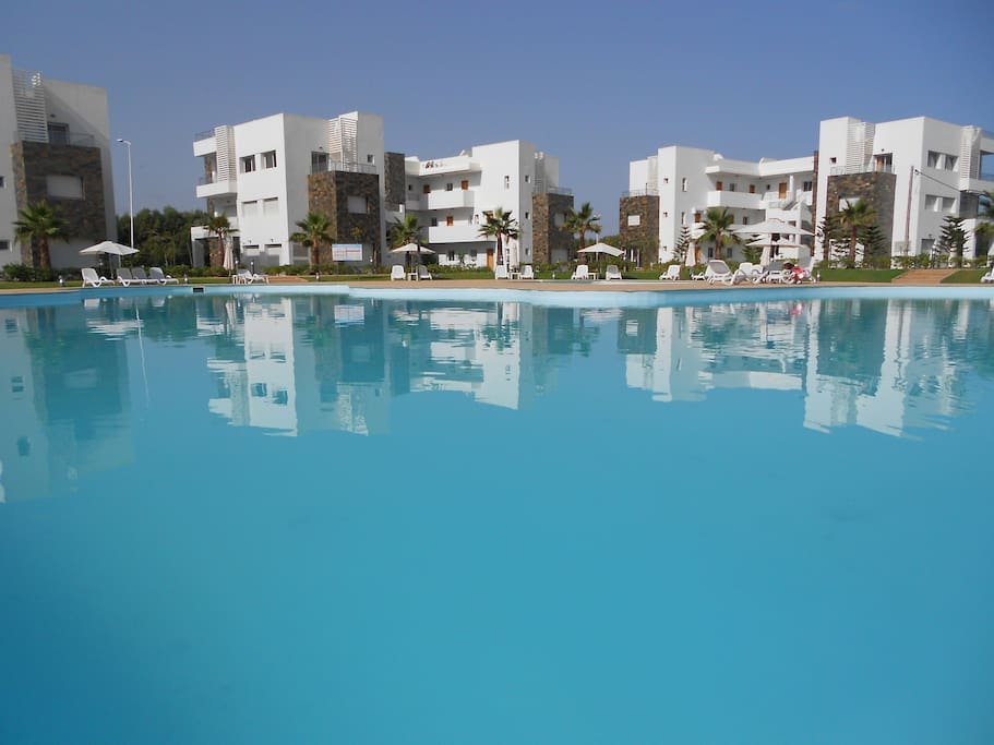 Saidia perla 3 appart rdc 1 chambre jardin parking for Appartement rdc jardin