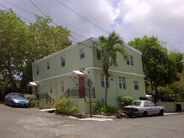 Cozy Corner on E Street - Christiansted - Apartamento