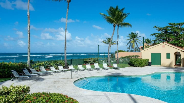 Aromatic Tropical Villa Near Iconic Beaches