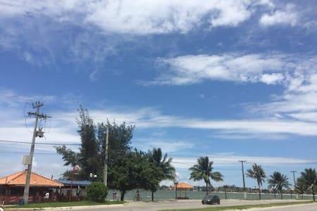 Apartamento Kitnet em Iguabinha
