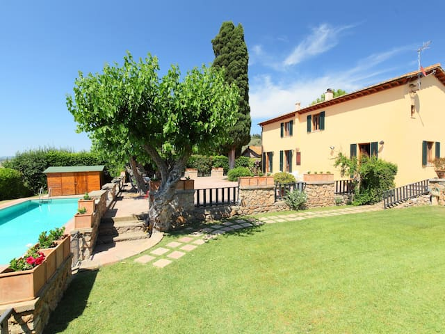 6-room house 200 m² Marsiliana in Capalbio